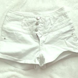 White 3 button high waisted shorts from Forever 21